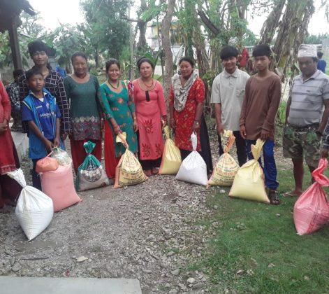 Corona Hilfe: Lebensmittel für die Menschen in Chitwan